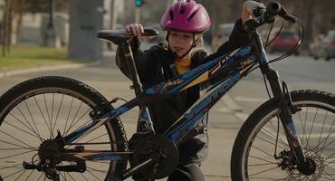 Embedded thumbnail for Правила и прописи во сообраќајот кои треба да ги знае секој велосипедист